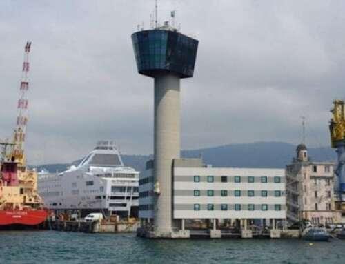 7 maggio di 7 anni fa: il crollo della Torre Piloti, Molo Giano