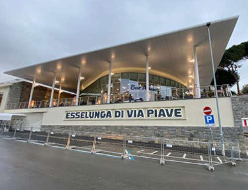 Furto al supermercato: ladro fermato con 430 euro di pinoli